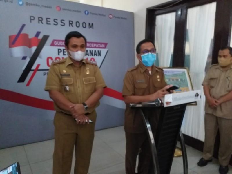 Camat Medan Tuntungan, Topan Ginting dan tim Satgas Covid-19