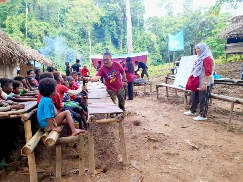 Presiden Sahabat Jariah Malaysia Bangun Sekolah Untuk Orang Asli Bateg