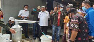 Cegah Virus Corona, UKM Jurnalis Bersama Samsul Hasibuan Lakukan Penyulingan Eucalyptus