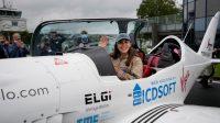 Remaja Putri 19 Tahun Berharap Jadi Perempuan Termuda Terbang Keliling Dunia