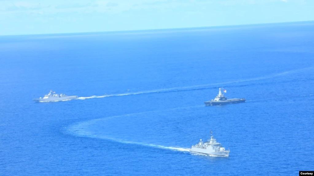TNI AL Indonesia dan Singapura Latihan Perang di Laut Natuna